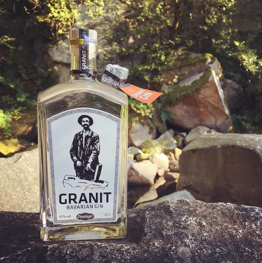 Rượu Gin lọc qua đá đến từ vùng đất Bavaria xinh đẹp